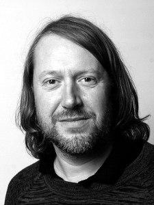 Stefan Johansson har arrangerat om Joy Divisions musik för Dramaten. Foto: Agnete Bretan.