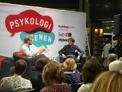 Modern Psykologis Jonas Mattsson samtalar med psykologen Karl Eder om hans bok De 7 vuxensynderna, om föräldrar/barn-relationer.